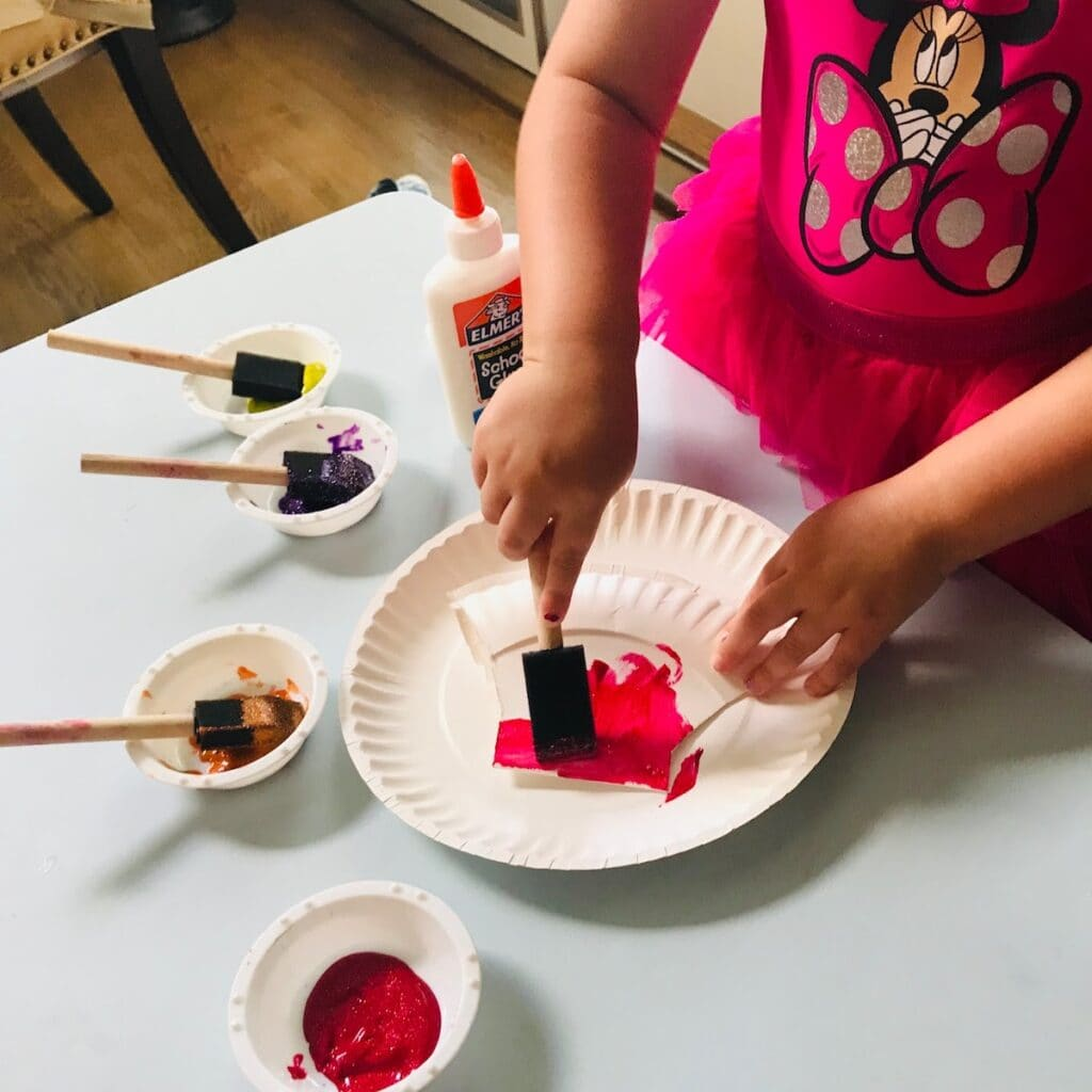 child painting shell scallop craft