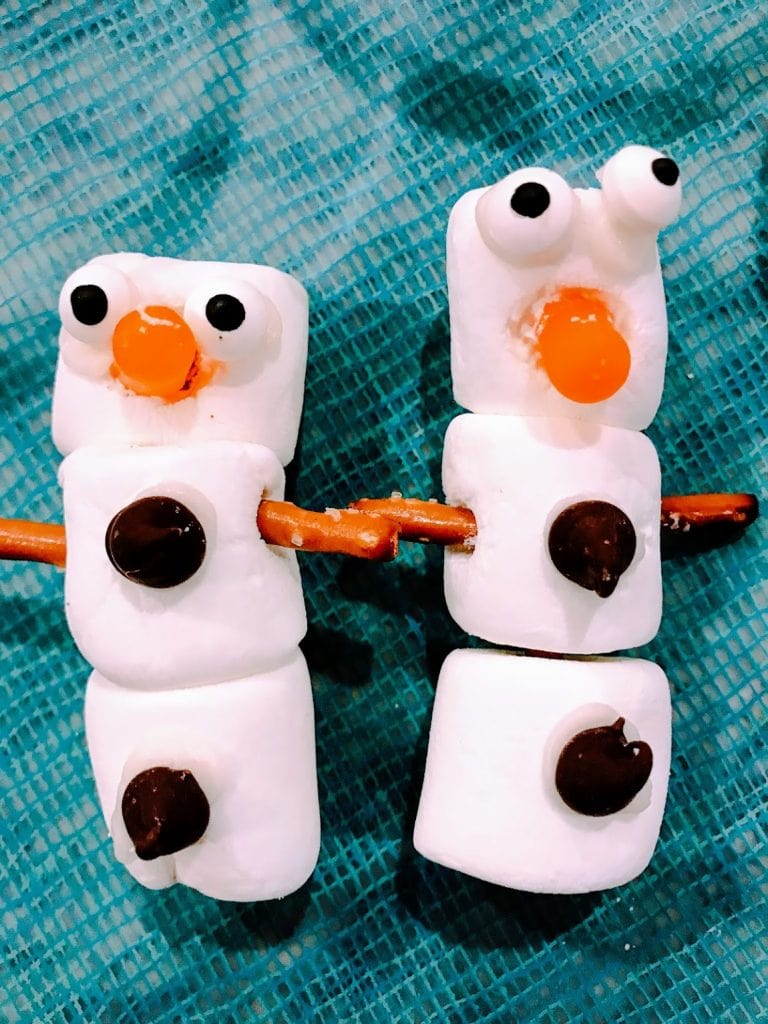 Two marshmallow snowmen crafts
