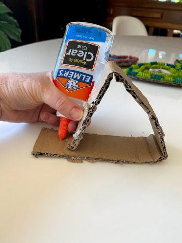 gluing cardboard heart frame stand